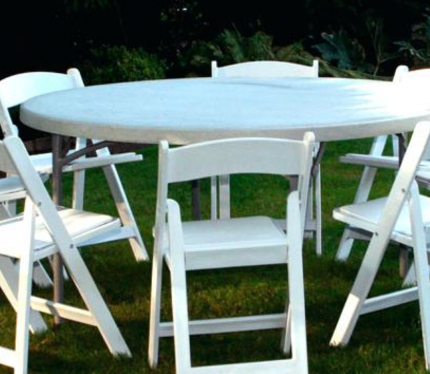 Table_Chairs2